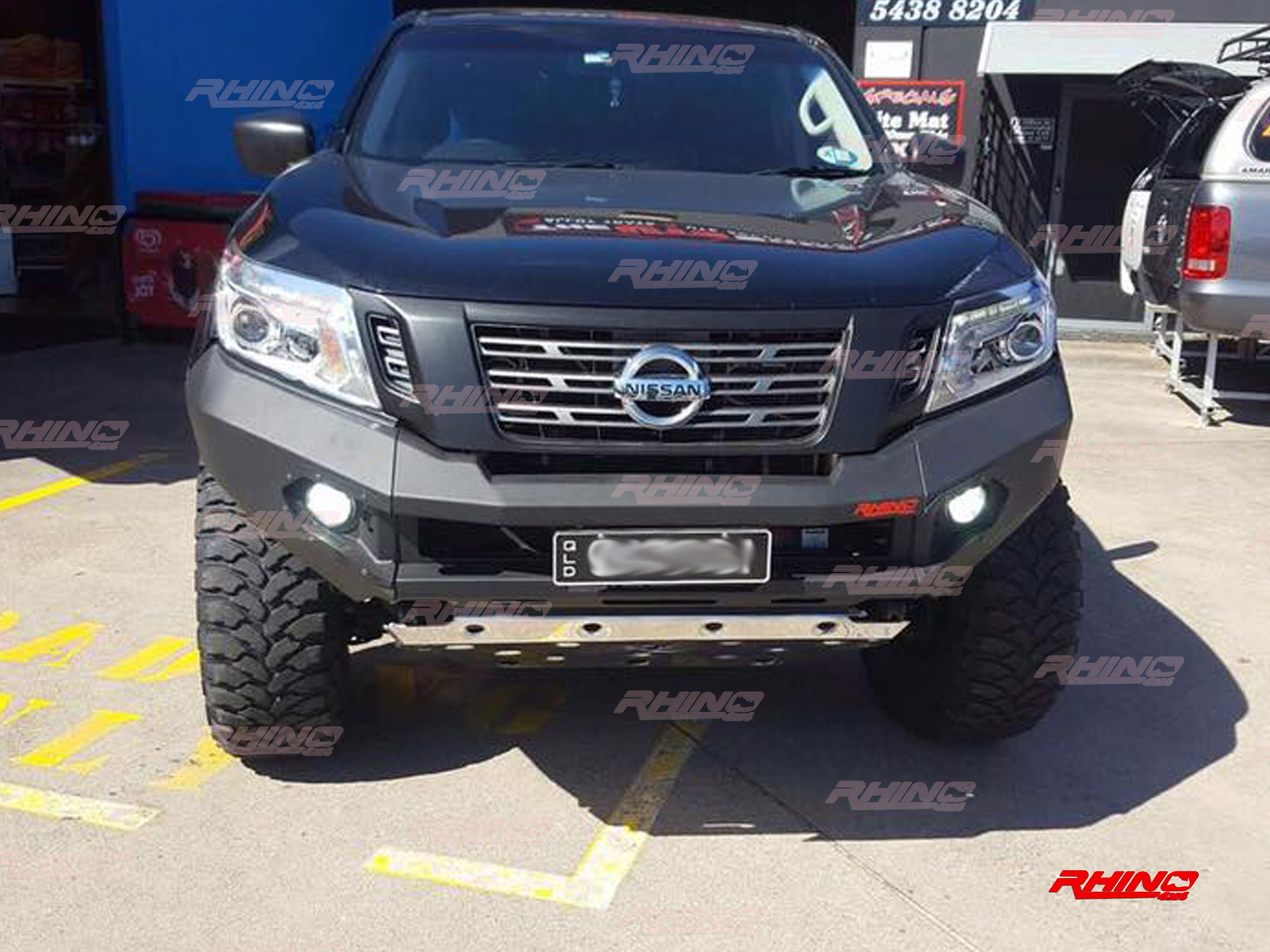 Rhino Front Bumper Nissan Np300