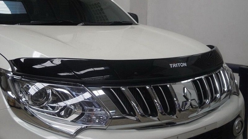 L200 2016+ BONNET GUARD BLACK
