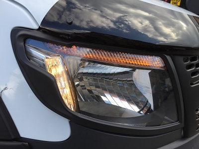 FRONT LIGHT GUARDS 2012 T6