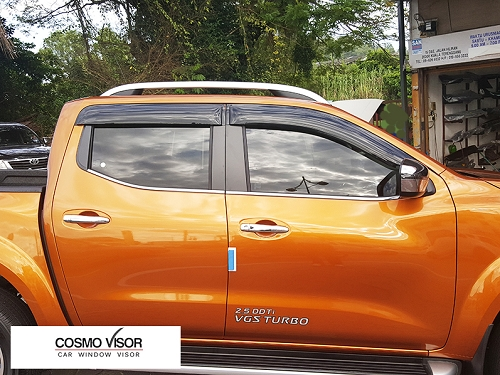 NISSAN NP300 DOOR/WINDOW VISOR