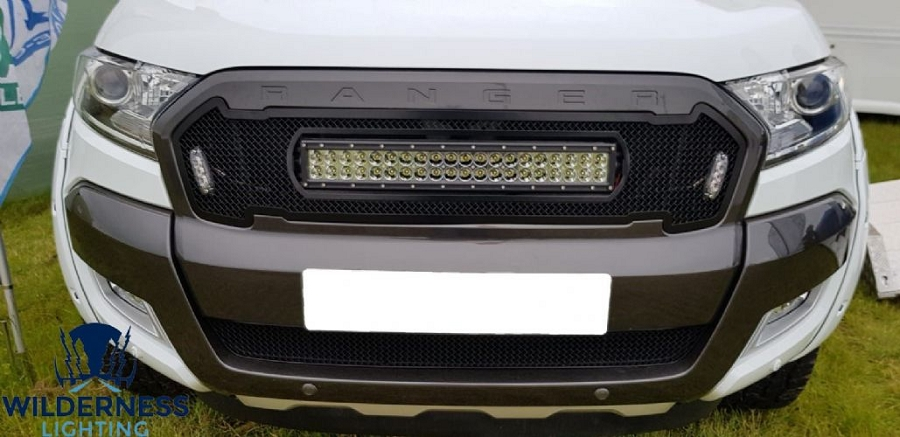 FORD RANGER MESH GRILLE & CURVE LIGHT BAR